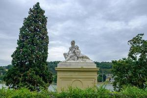 skulptur far Rhen och mor Mosel i Koblenz Tyskland foto