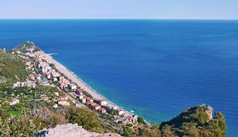 liguriska kusten av varigotti foto