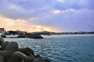 vacker solnedgång till havs. Jeju Island, Sydkorea foto