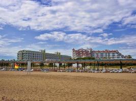 turkiska hotell vid stranden i Antalya foto