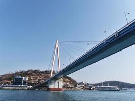 dolsan bridge. Yeosu stad, Sydkorea. januari 2018 foto