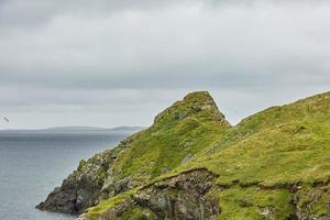 kustvy i lerwick, shetlandsöarna, skottland foto
