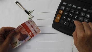 fotografering för ekonomi och finans teman med norska pengar foto