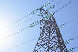 högspänning elektrisk transmission torn energi pylon foto