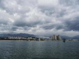 sokcho stad från havet, Sydkorea foto