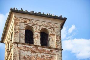 forntida klocktorn, lomellina, mellan Lombardiet och Piemonte regioner, norra Italien. foto