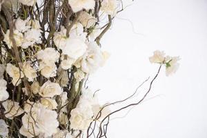 vit bröllop blommor dekoration foto