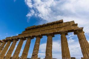 Grekiskt tempel vid Selinunte i Sicilien, Italien foto
