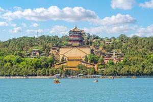 livslängdskulle på sommarpalatset i Peking, Kina foto