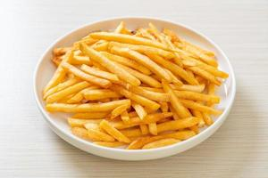 en tallrik pommes frites foto