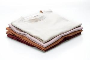 vikta t-shirts isolerad på vit bakgrund foto