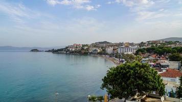 utsikt över staden Kusadasi foto