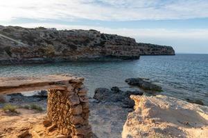 vackra Cala d en baster på ön formentera på de baleariska öarna i Spanien foto