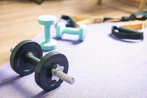 hantlar för träning i hemmet foto