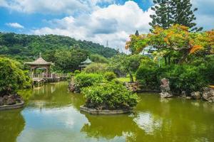 landskap av shuangxi parkerar och kinesisk trädgård i taipei, taiwan foto
