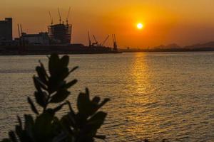 utsikt över morgondagens museum i Rio de Janeiro foto