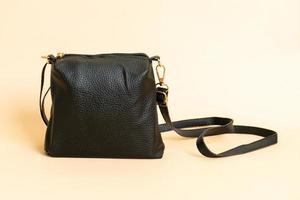 svart läder mode väska - mode stil foto