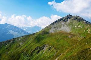 vackert landskap av de österrikiska alperna, Europa. foto