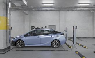 Elektrisk bil 3d som laddar i parkeringsplats foto