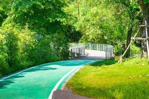 cykelfält i parken foto