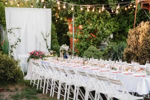 festsal för bröllop med dekorativa element foto