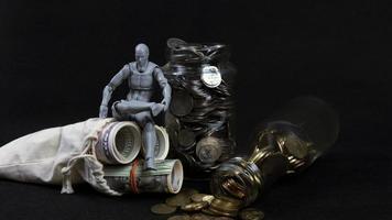 spara konceptpengar och mynt foto