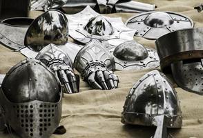 detalj av forntida medeltida rustning foto