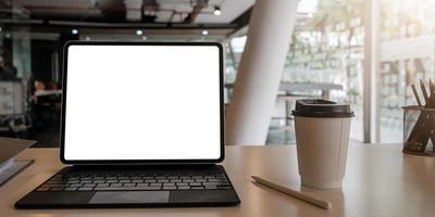 blank skärm bärbar dator foto