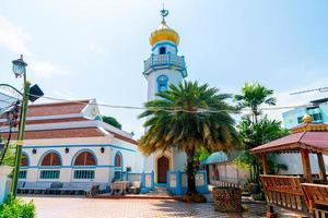 vacker musjid asassul islam i songkla, thailand foto