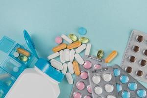 ovanifrån olika medicin tabletter. högkvalitativt vackert fotokoncept foto