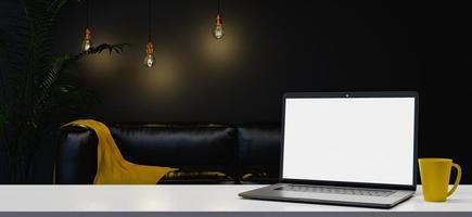 bärbar dator på vardagsrummet foto