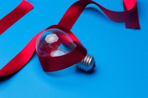traditionell glödlampa och glödlampa foto