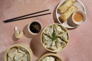 den läckra asiatiska matkompositionen foto