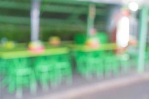 abstrakt suddighet i gatarestaurang för bakgrund foto