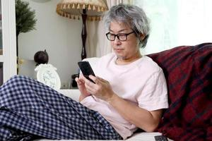 kommunikation via smart telefon foto
