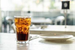 iskolaglas på bordet foto