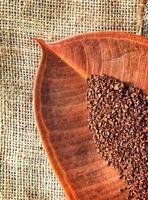 naturliga rostade kaffebönor foto