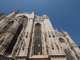 duomo betyder katedral i milan foto