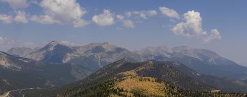Taylor bergsutsikt från monarkpasset i Colorado foto