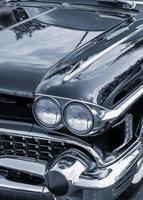strålkastare av klassisk amerikansk bil foto