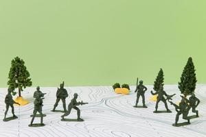 historiaämnesarrangemang med soldater foto