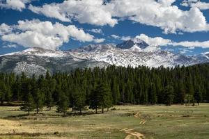longs peak - rocky mountain national park foto