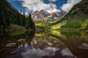 rödbrun sjö - colorado foto