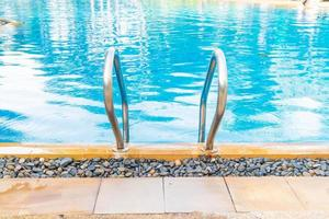 pool med pool trappor foto