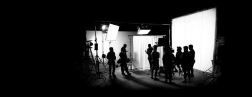 siluettbilder av filmproduktion. bakom kulisserna foto