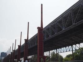 industriella ruiner i Parco Dora i Turin foto