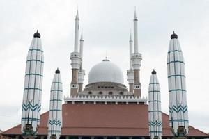 stora moskén i centrala Java, Indonesien foto