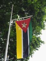 mozambikanska flaggan i mozambique foto