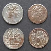 forntida romerska och grekiska mynt foto