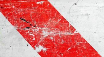 rött och vitt tecken foto